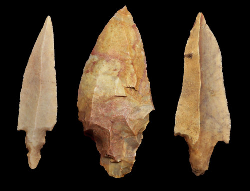THREE LARGE COLLECTOR GRADE UNIFACIAL AFRICAN CAPSIAN NEOLITHIC ARROWHEADS  *CAP333
