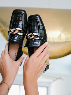 Women's Reptile Embossed Black Leather Loafers GR 5228911 BLC