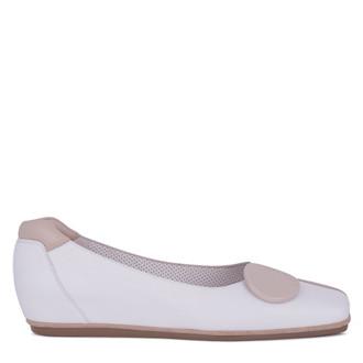 Women's White & Beige Patent Leather Ballet Flats VR 5218911 WHX
