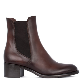 Women's Classic Brown Leather Chelsea Boots GE 5342611 BRA