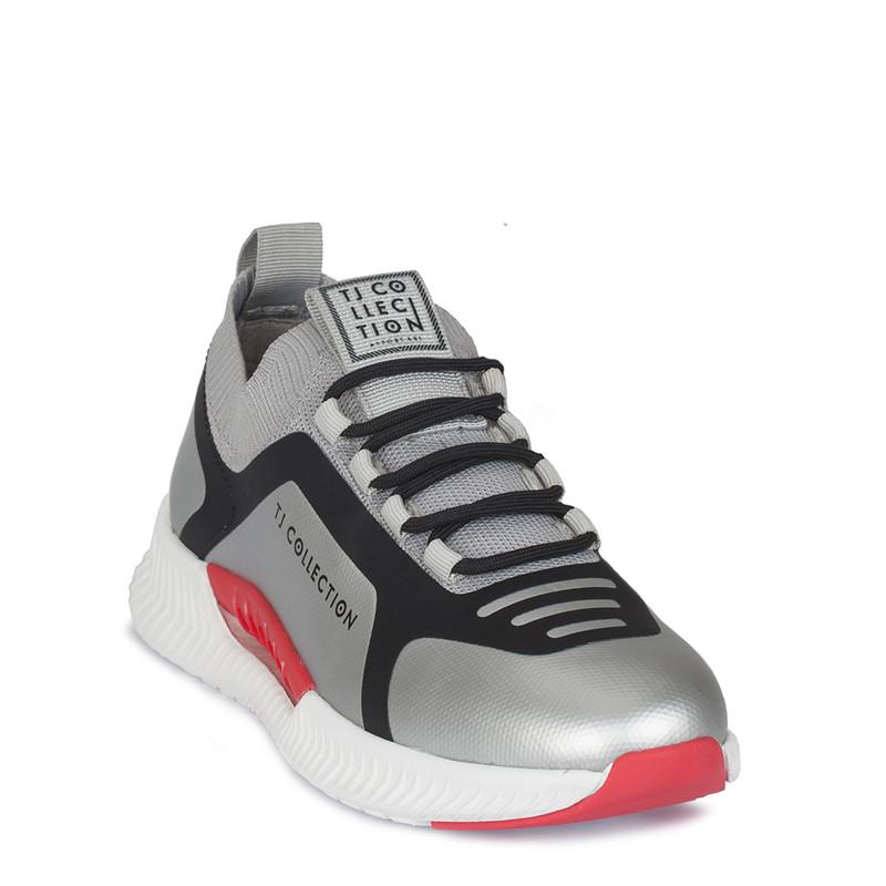 Women's Sleek Silver Pluto Sneakers GK 5206920 SLG