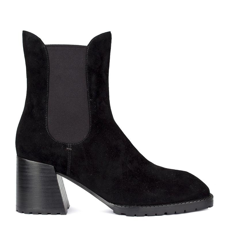 Women's Black Chelsea Heels   GG 5358010 BLS