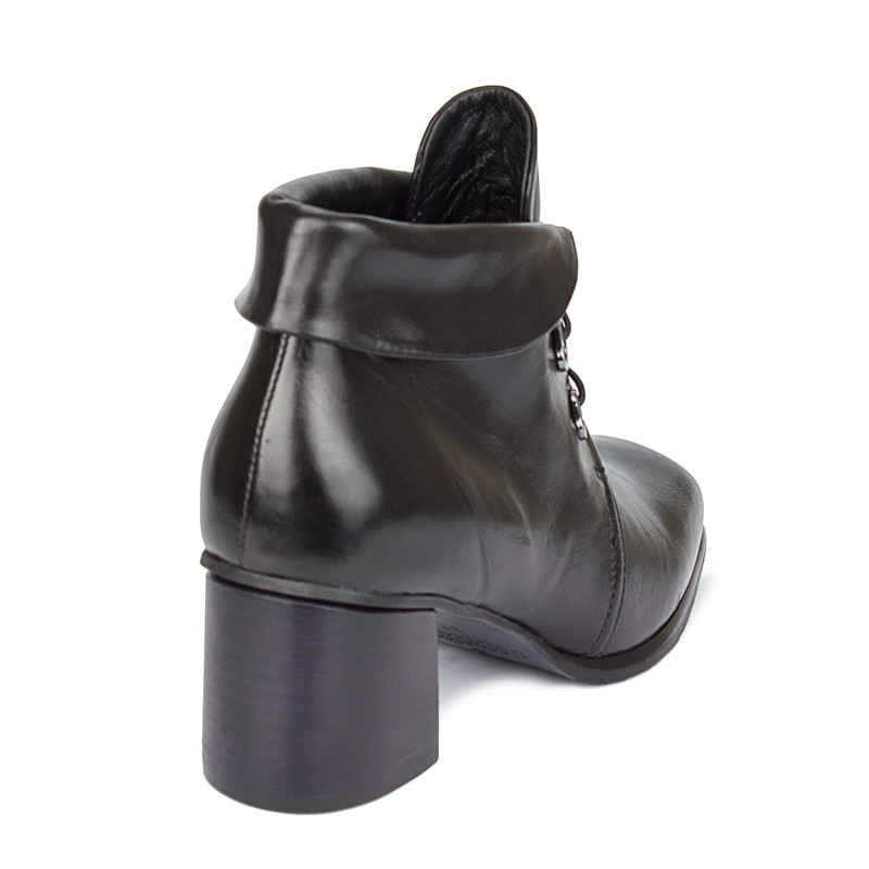 Women's Cuffed Black Ankle Boots GP 5360010 BLX