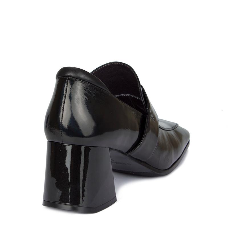 Women's Black Patent Leather Courts GR 5259010 BLX