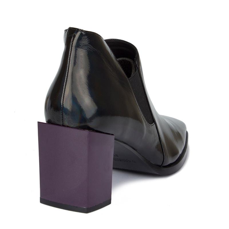 Women's Black Patent Leather Courts GR 5268910 BLX