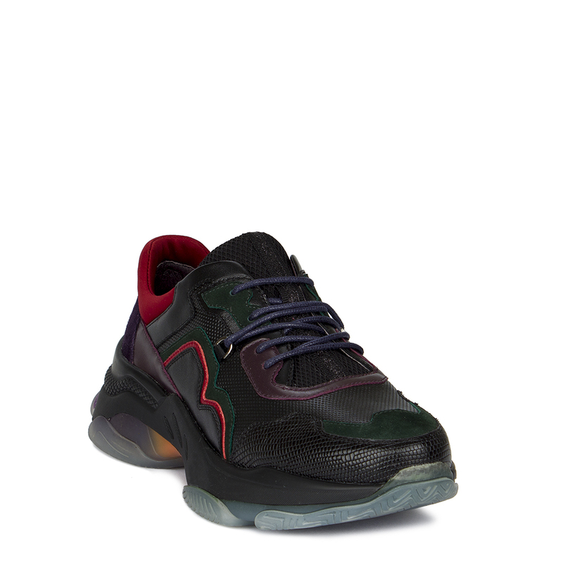 Women's Black and Red Stratosphere Sneakers GS 5224010 BLG