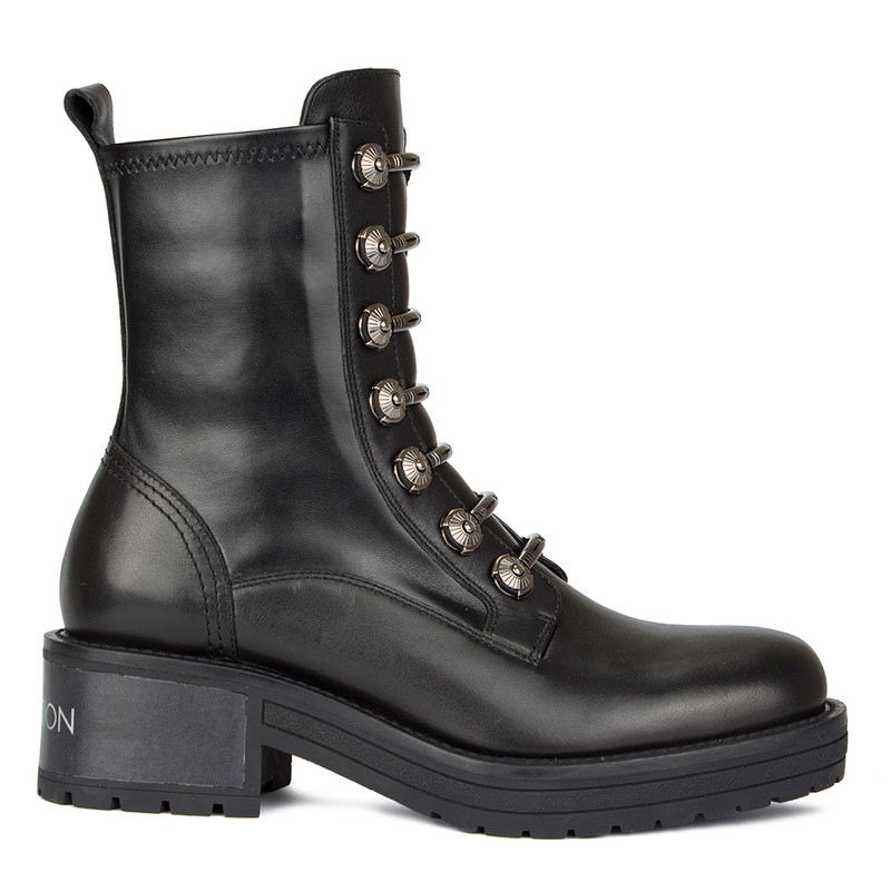 Women's Chunky Boots with Uniform Silver Buckles GS 5328030 BLZ