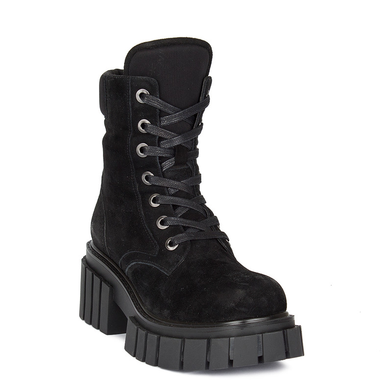 Women's Bold Textured Black Suede Boots GS 5330010 BLV