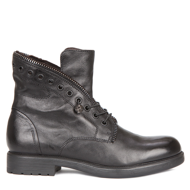 Women's Black Distressed Leather Boots MP 5319919 BLA