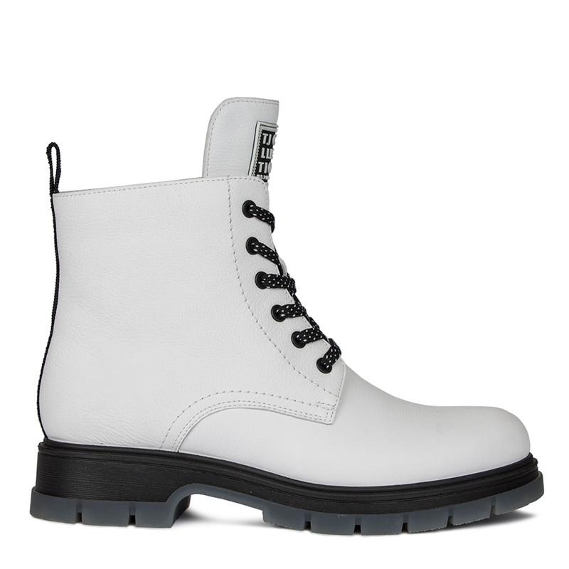 Women's Vivid White Matte Leather Boots MP 5522510 WHB