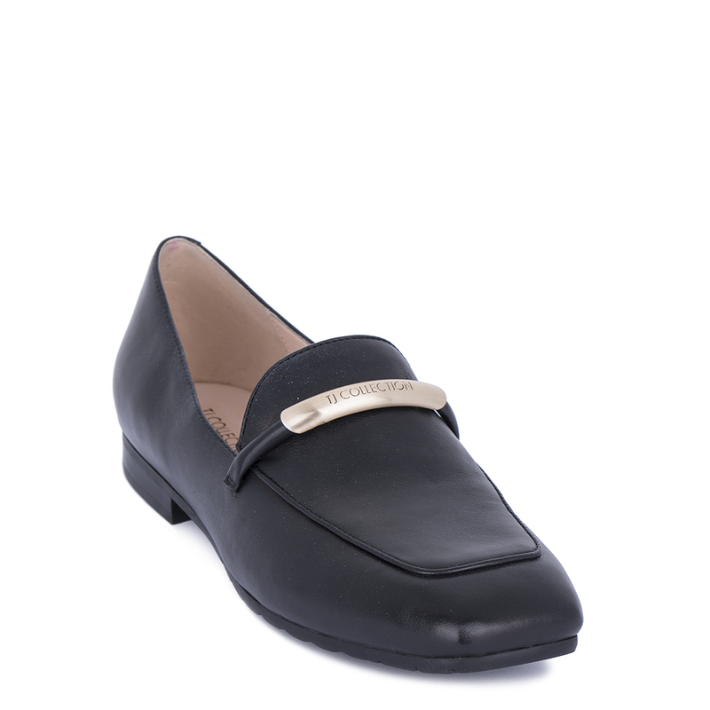 Women's Smooth Black Leather Loafers GJ 5210011 BLI