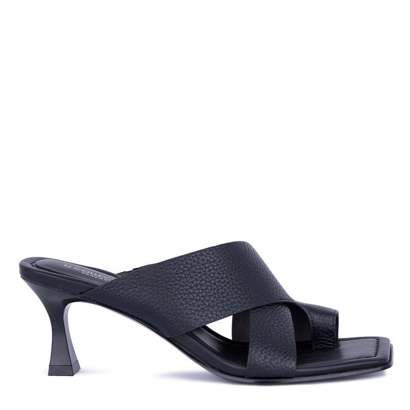 Women's Refined Black Leather Mules GR 5162811 BLI