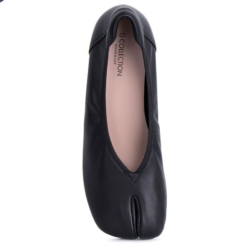 Women's Soft Black Leather Tabi Shoes GR 5218011 BLI