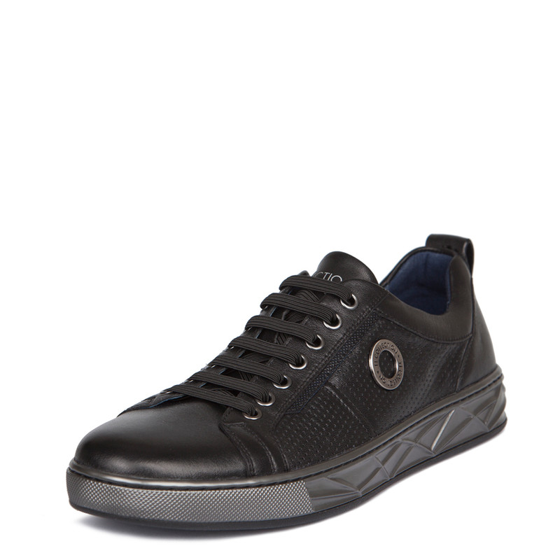 Men's Smooth Black Perforated Leather Sneakers TK 7207918 BLZ