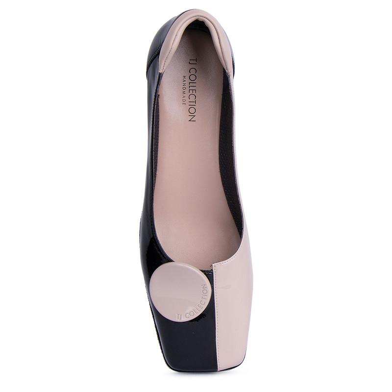 Women's Black & Beige Patent Leather Ballet Shoes VR 5218911 BLT