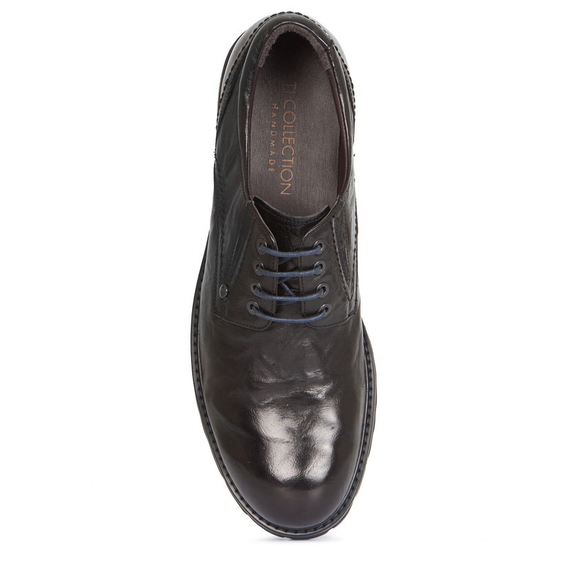 Derby Shoes in Black Washed Leather | TJ COLLECTION | Side Image - 3