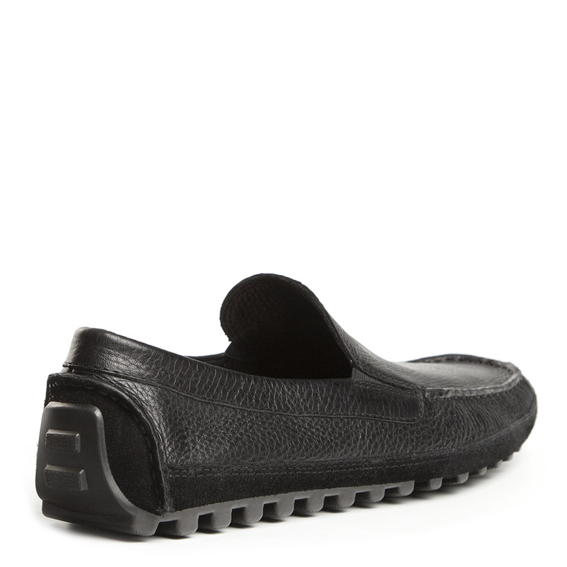 Moccasins in Black Grain Leather | TJ COLLECTION | Side Image - 2