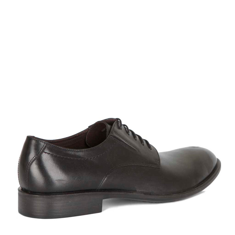 Classic Derbies in Black Leather   TJ COLLECTION   Side Image - 2