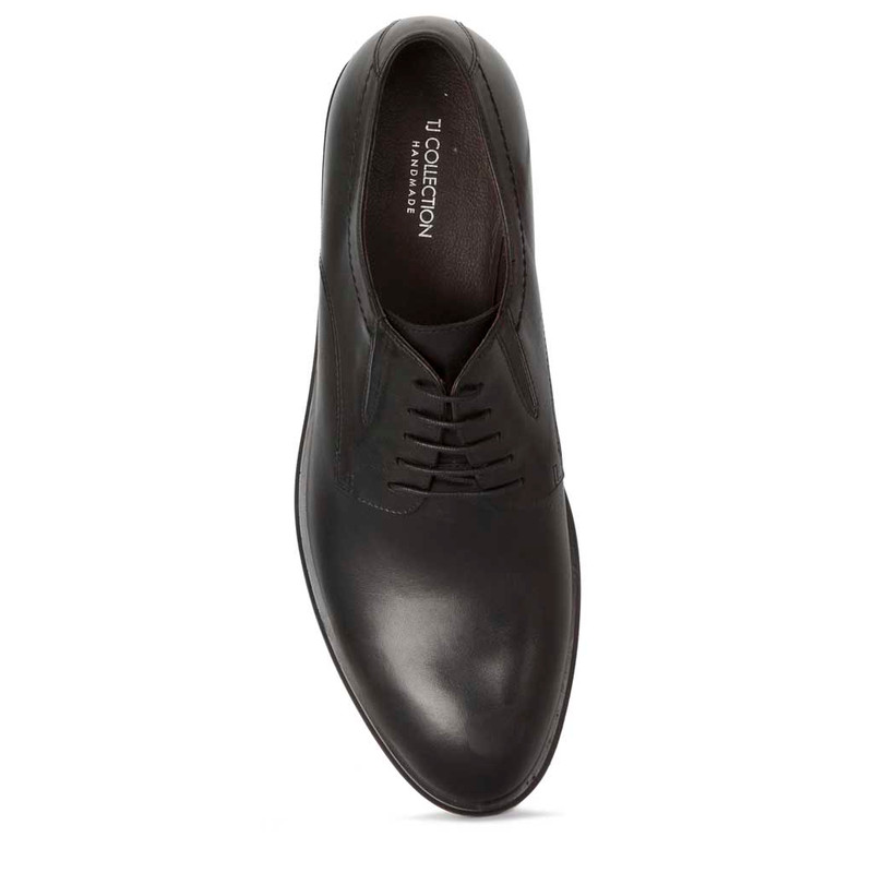 Classic Derbies in Black Leather   TJ COLLECTION   Side Image - 3