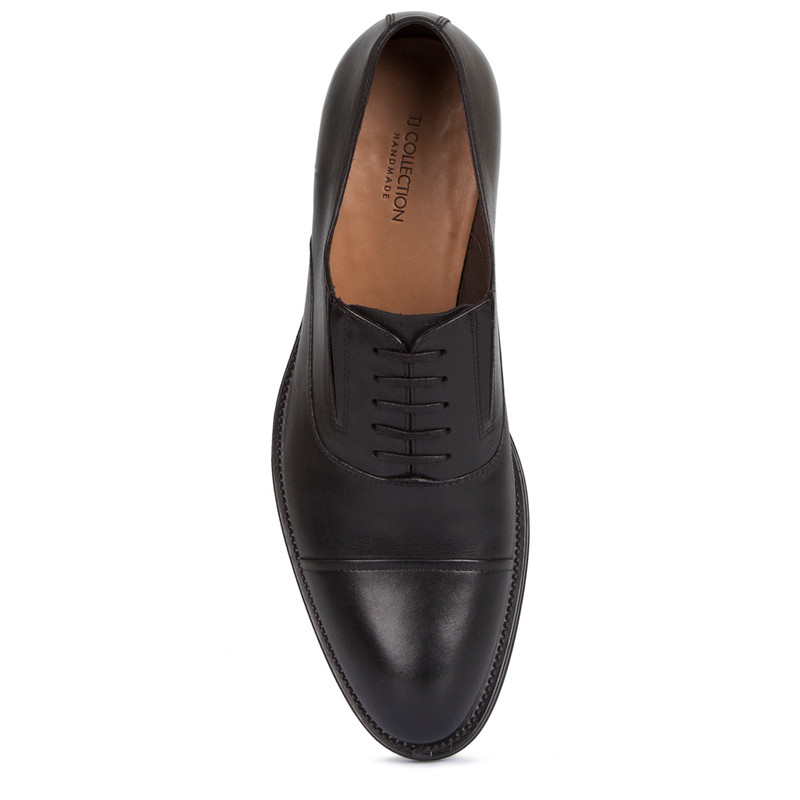 Oxford Shoes in Black Leather | TJ COLLECTION | Side Image - 3