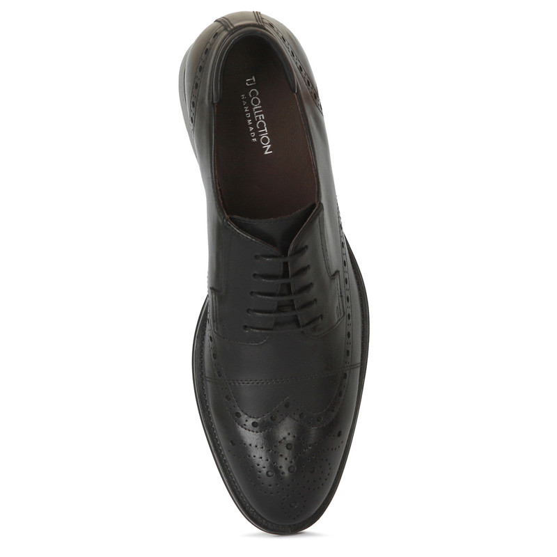Classic Brogues in Black Leather | TJ COLLECTION | Side Image - 3