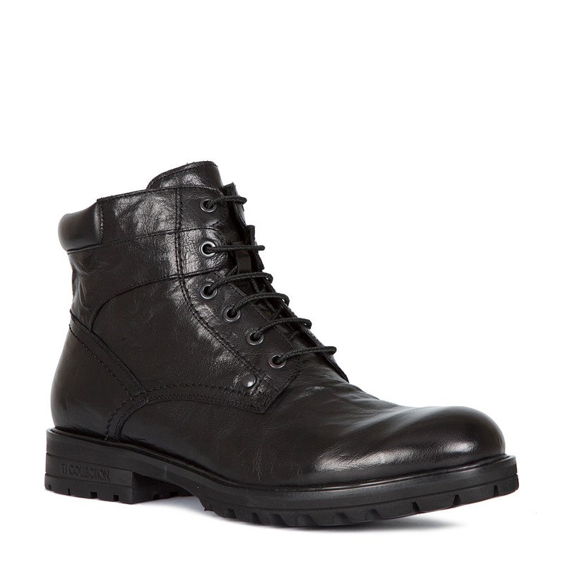 Boots in Washed Black Leather | TJ COLLECTION | Side Image - 1