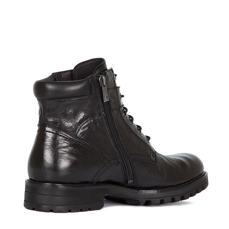 Boots in Washed Black Leather | TJ COLLECTION | Side Image - 2