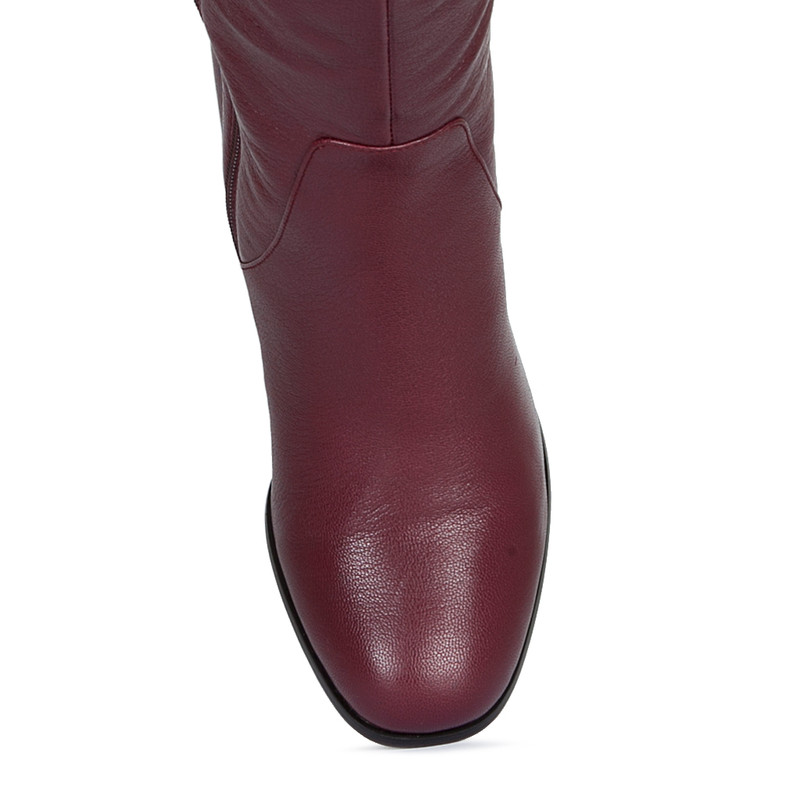 Over-The-Knee Boots in Grained Burgundy Leather   TJ COLLECTION   Side Image - 4