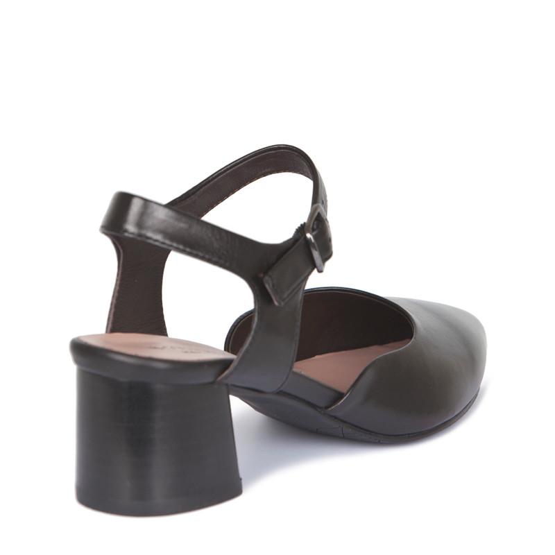 Black Leather Block Heel Pumps | TJ COLLECTION | Side Image - 2