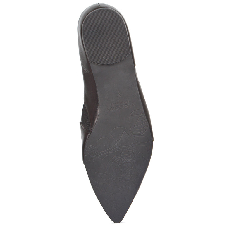 Black Leather Pointy Slip-Ons | TJ COLLECTION | Side Image - 4