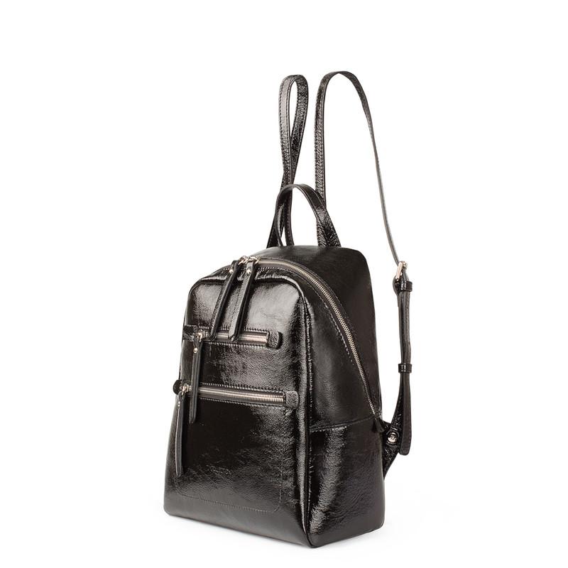 Black Patent Cracked Leather Soho Backpack YG 5320818 BLP   TJ COLLECTION   Side Image - 1