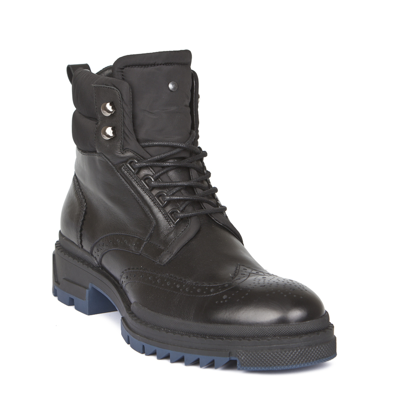 Men's Rubber Sole Lace-Up Boots GB 7322918 BLK | TJ COLLECTION | Side Image - 1
