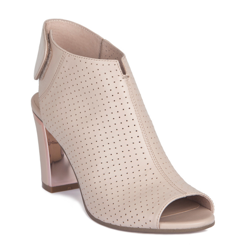 Nude Summer Block Heel Booties | TJ COLLECTION | Side Image - 1