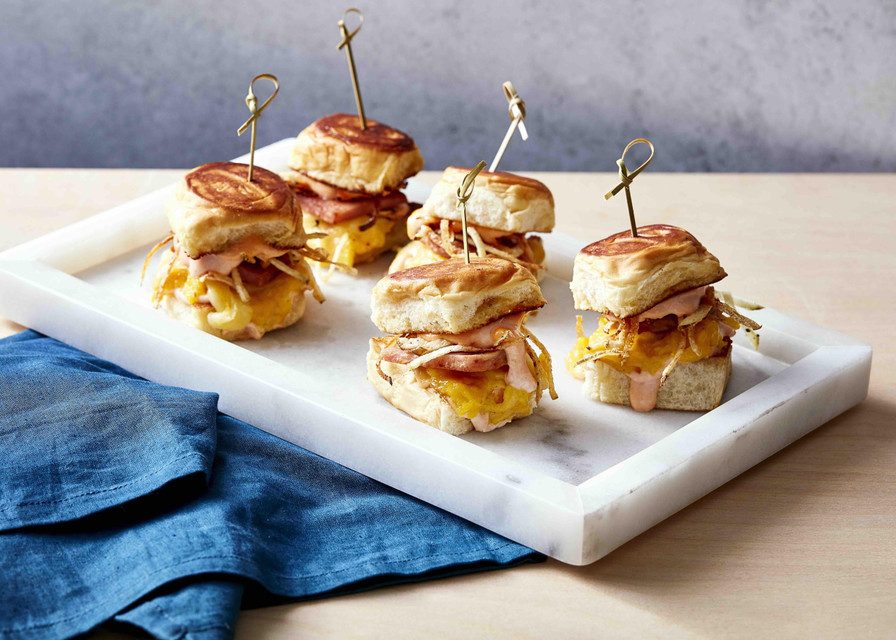 Spam, Egg and Shoestring Potatoes Sandwich