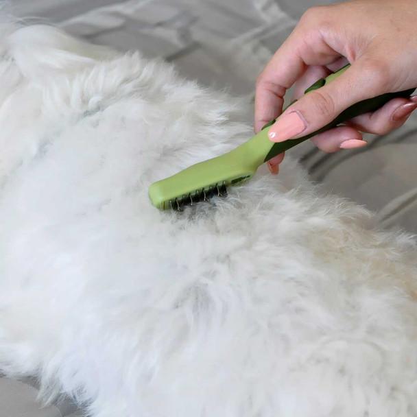 Safari® Dog Mat Remover