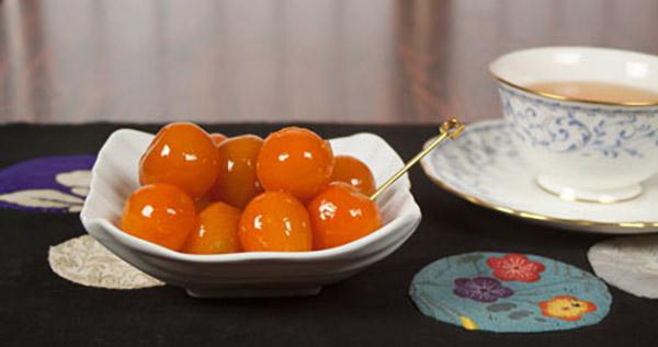 Kinkan-kumquat-preserve-with-kudzu-syrup