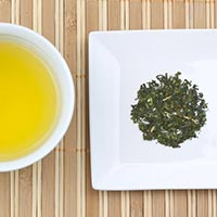 Konocha is an economical green tea and the typical tea served at sushi restaurants.