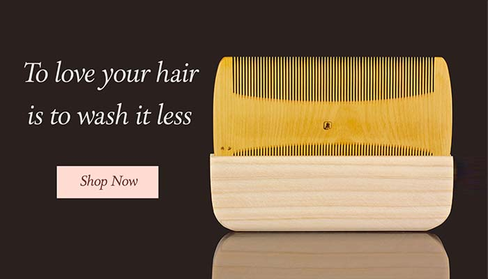 """Japanese traditional """"Sukigushi"""" comb, for handcrafted from tsuge (boxwood)."""
