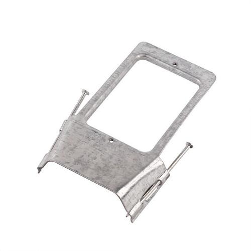Vertical Stud Bracket With Nails (Ea)