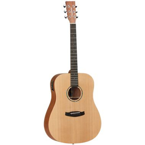 Roadster II Dreadnought Acoustic/Electric Guitar