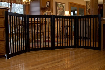 HighLander Series Large 4-Panel Free Standing Pet Gate