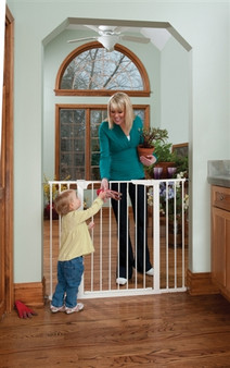 Extra Tall Extra Wide Automatic Close Gate
