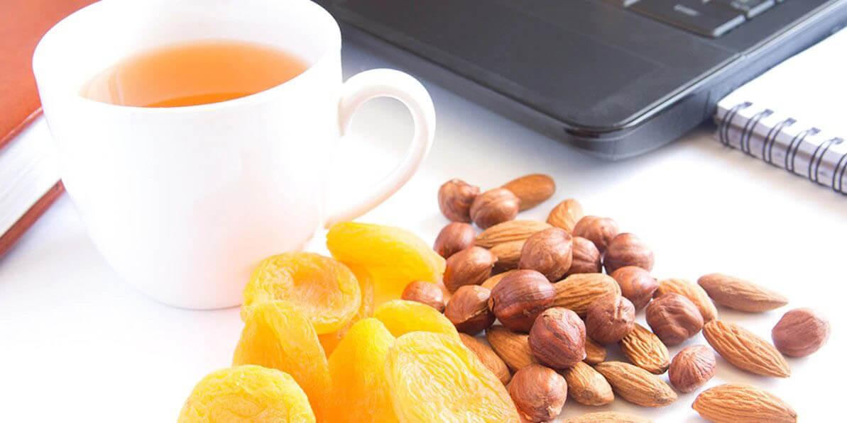 Top 5 Snacks Your Office Needs