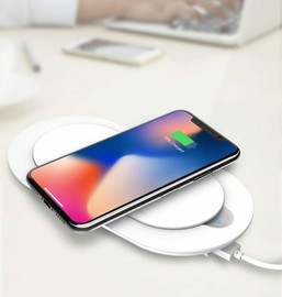 Wireless Charger with Removable Power Bank