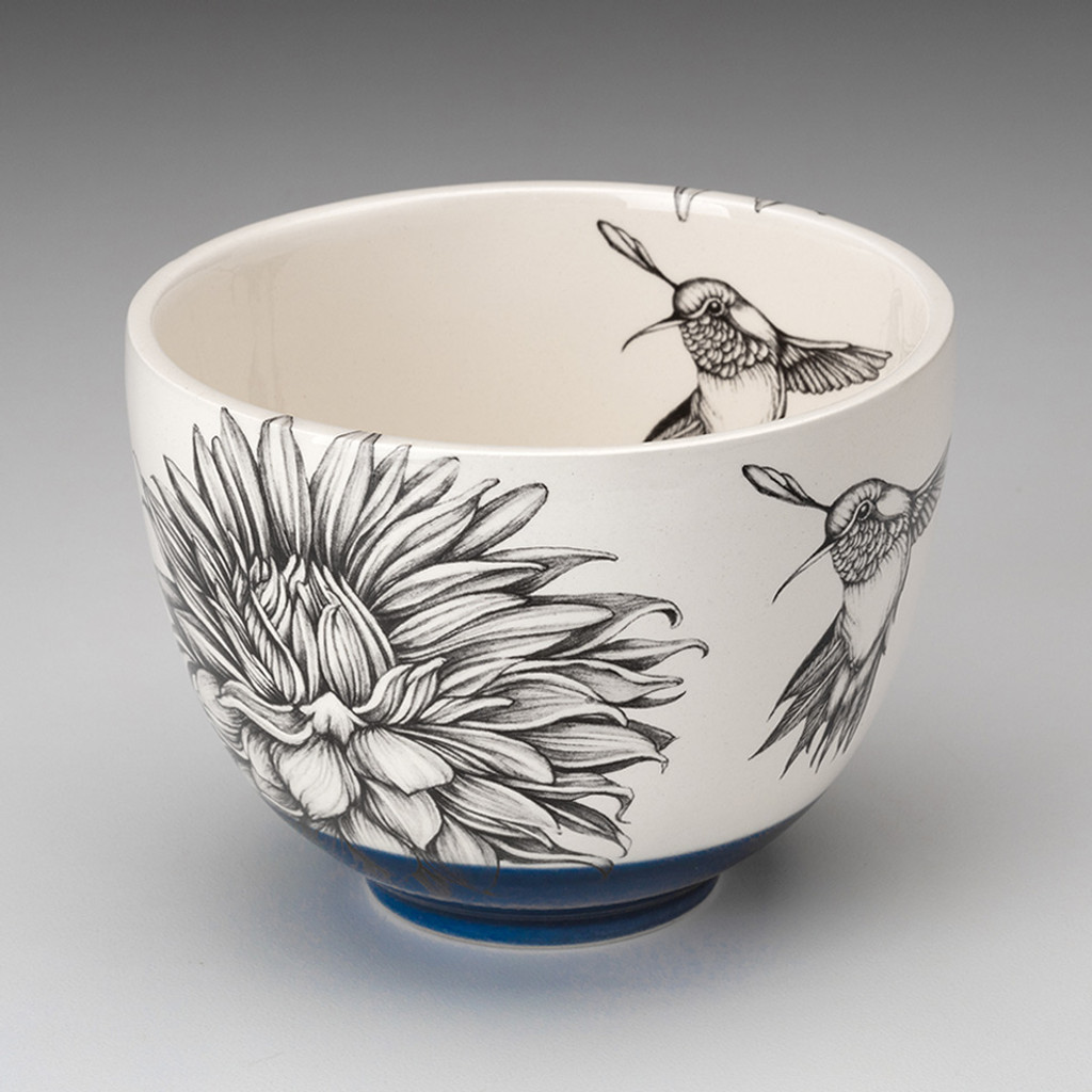 New. Humming Bird Microwave Bowl With Handle 2 Cups Beautiful