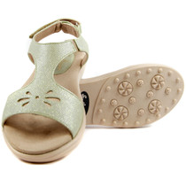Sandbaggers: Women's Golf Sandals - Carrie Pistachio