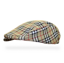 Golf Knickers: Men's 'Par 5' Plaid Golf Knickers & Cap - London