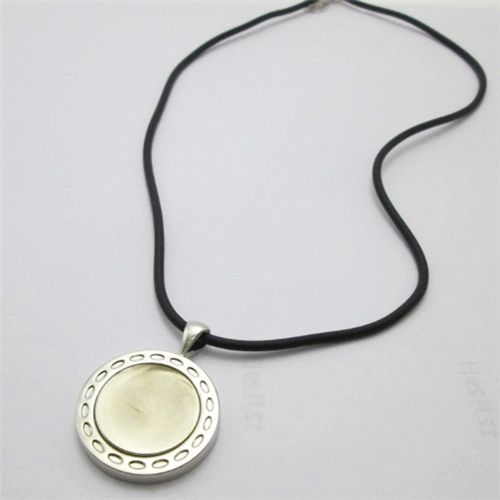ReadyGolf: Ladies Magnetic Ball Marker Necklace