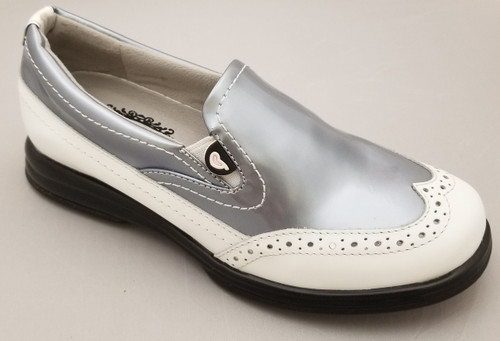 Sandbaggers: Women's Golf Shoes - Vanessa Prismatic