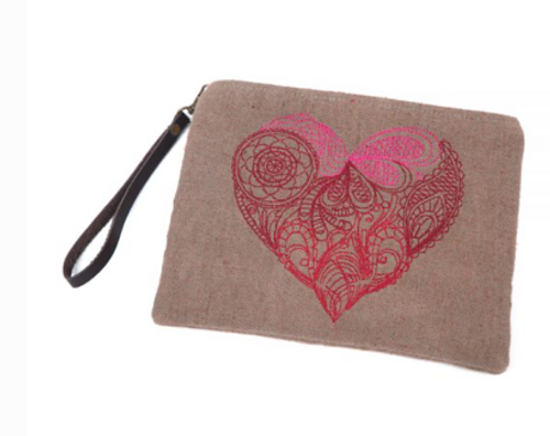 Physician Endorsed: Womens Bag/Clutch - Mendhi Heart (Cocoa)